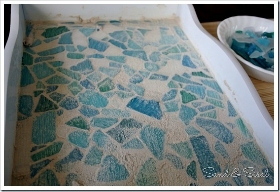 Decorate Old Wood plateau itself sea glass mosaic
