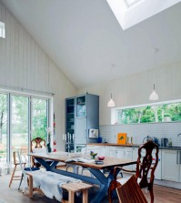 eating-natural-in-the-open-kitchen-0-688