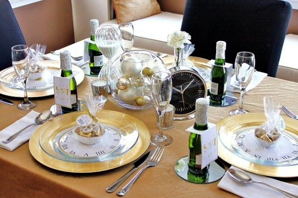 Table Decorations New Year - Examples of charts and ideas to make your own