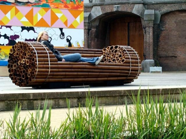 Wooden Bench 48 creative ideas garden design, stone and wrought iron ...