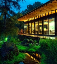 flat-roof-modern-wooden-house-in-the-middle-of-a-forest-of-mexico-0-705