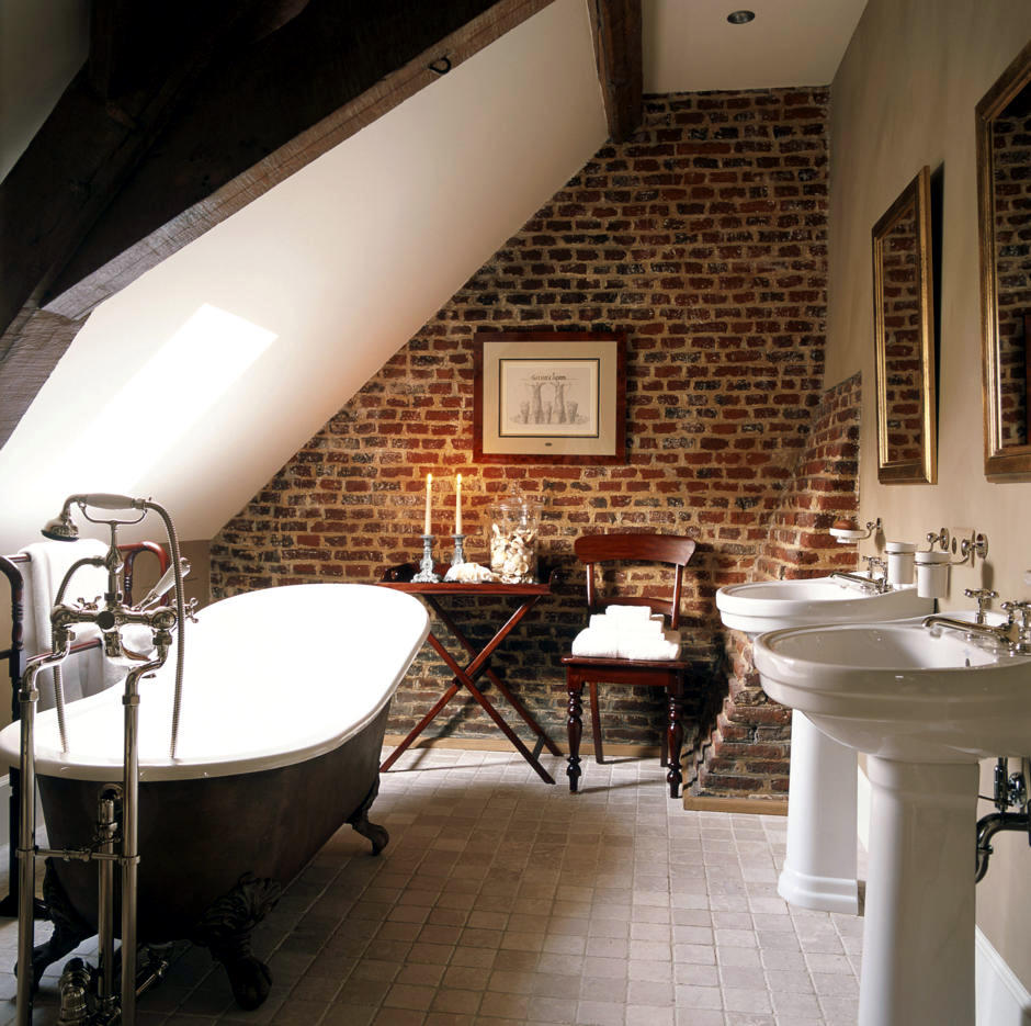 Antiques such as a bathroom in the attic | Interior Design Ideas ...
