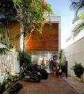 modern-house-in-a-narrow-land-in-so-paulo-0-708