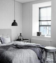 modern-room-in-gray-and-white-0-718