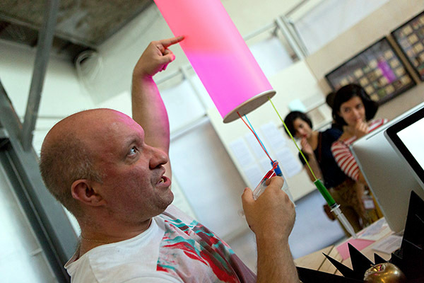 Lamp interactive design - Different colors injecting with syringes