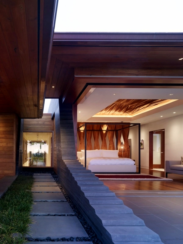 Ultra-modern residence in Hawaii with unique design