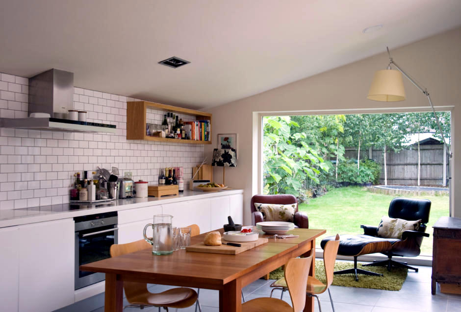 Kitchen with sitting area | Interior Design Ideas - Ofdesign