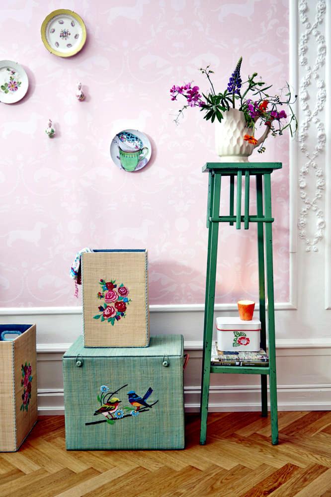 colorful fr hlingsdeko interior design ideas ofdesign. Black Bedroom Furniture Sets. Home Design Ideas