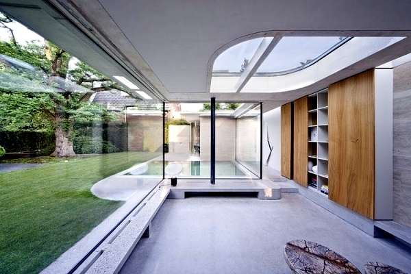 House made of concrete and glass - fascinating minimalist architecture