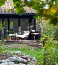 wooden-porch-0-735