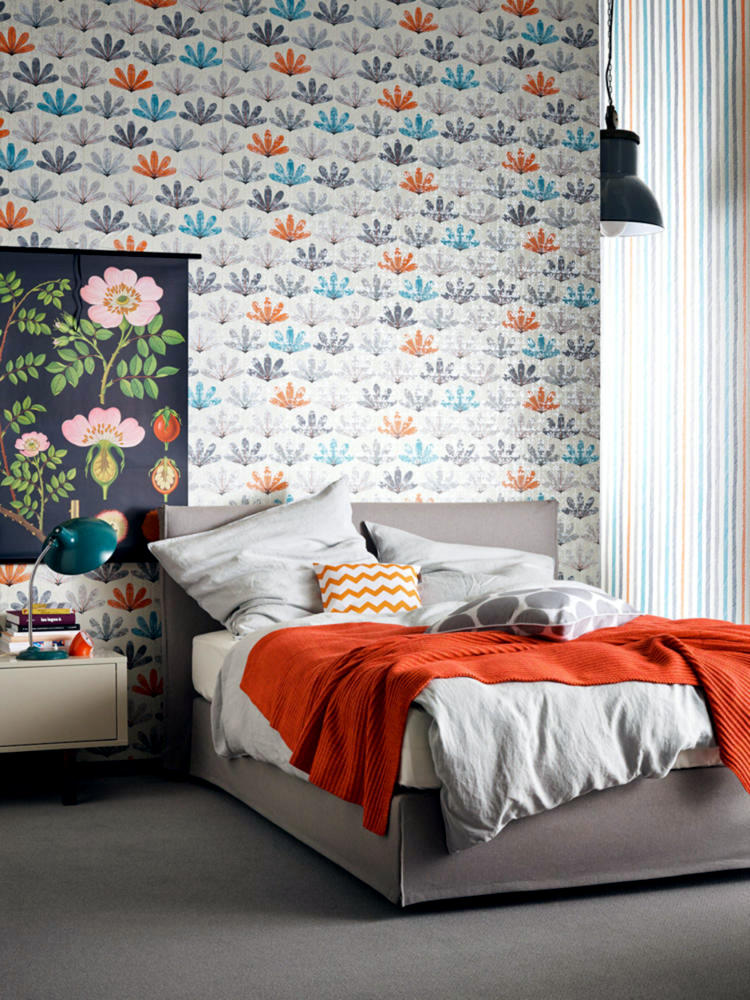 a-colorful-mix-of-patterns-for-bedroom-walls-0-743