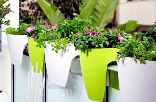 Create Creative Ideas Including The Small Balcony Garden