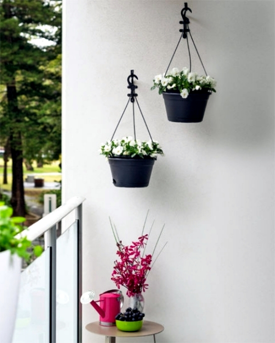 Create creative ideas including the small balcony garden for Creative small garden ideas