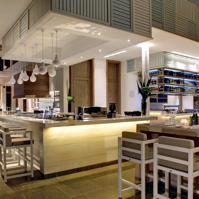 Luxury design and spa long beach mauritius interior for Design hotel mauritius