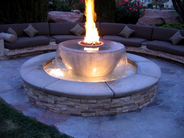 Garden Stone Fountain 25 Ideas For Decorative Fountains
