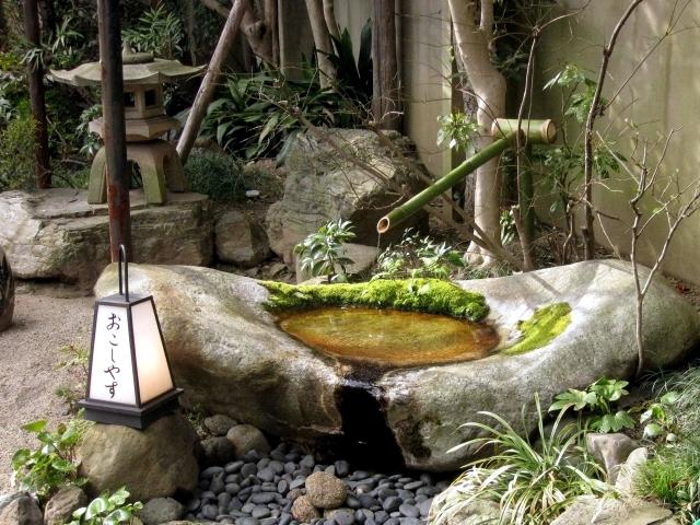 Garden Stone Fountain 25 Ideas For Decorative Fountains