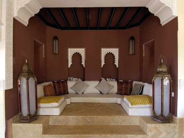 The configuration of the Arabian Nights Moroccan decor