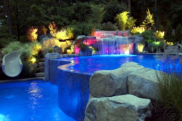 Pool Lights - a highlight in the outer zone