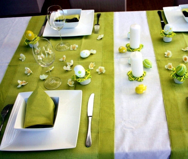 Spring colors for the easter table decoration green and yellow interior design ideas ofdesign - Deco de table de paques ...