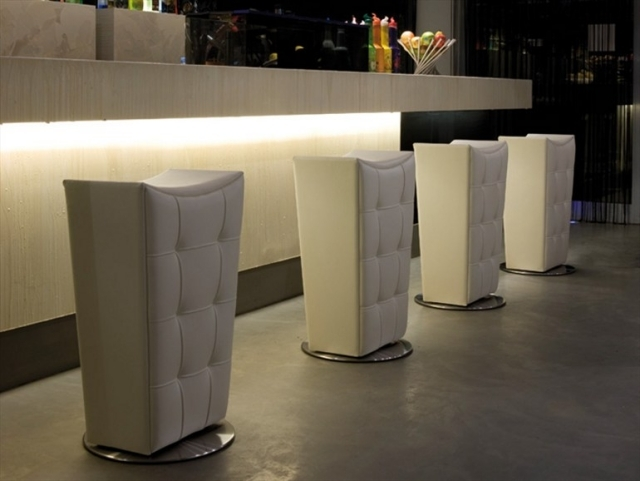 28 bar stools and stools design in different materials and colors
