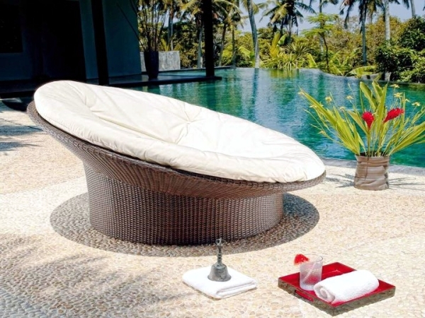 Rattan garden furniture with unusual design royal garden interior design ideas ofdesign - Garden furniture unusual ...