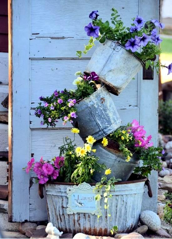 Ideas garden with ancient treasures and home decorative items for flea market