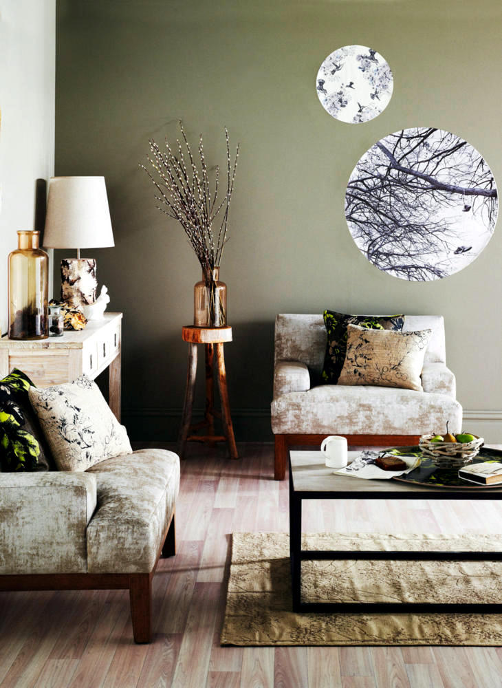 autumn decoration with posters photo round interior. Black Bedroom Furniture Sets. Home Design Ideas
