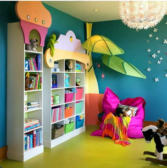 Light pink curtains for kids - Make And Decorate A Hug And A Reading Corner In The Nursery Interior