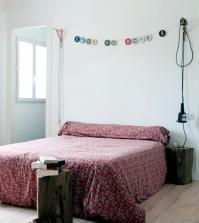 blocks-of-wood-bedside-tables-0-799