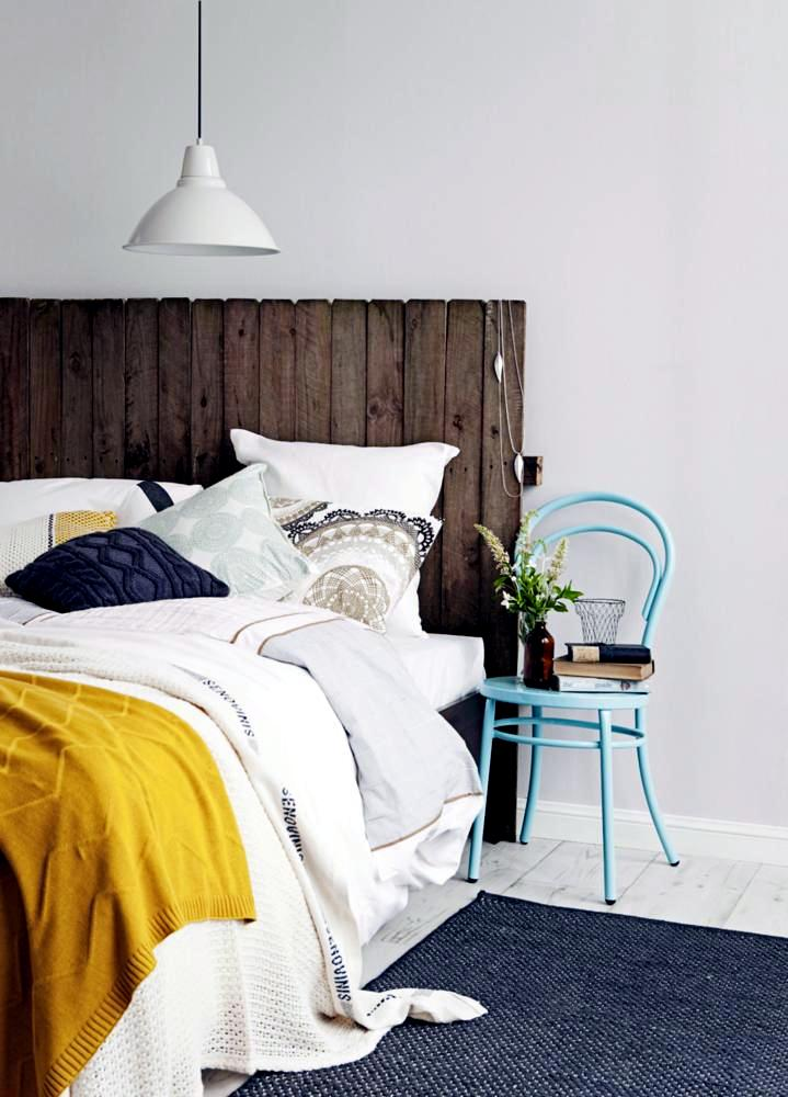 DIY idea: rustic bed head | Interior Design Ideas - Ofdesign