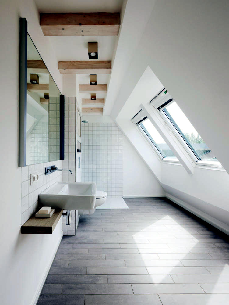 shower-with-a-view-0-811