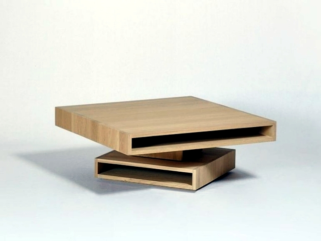 Cubocarré - A coffee table in oak with modern storage