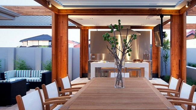 patio, aluminum and wood roof provides visibility and wind protection