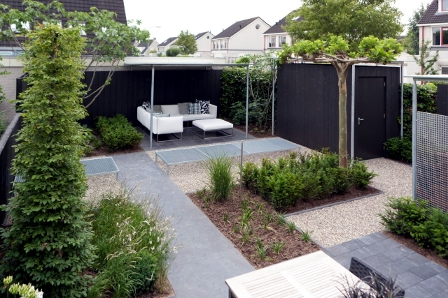 Design tips and ideas for small gardens what not to miss for Garden design ideas for medium gardens