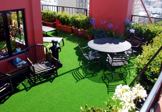 The Synthetic Grass For Balcony And Terrace Easy To