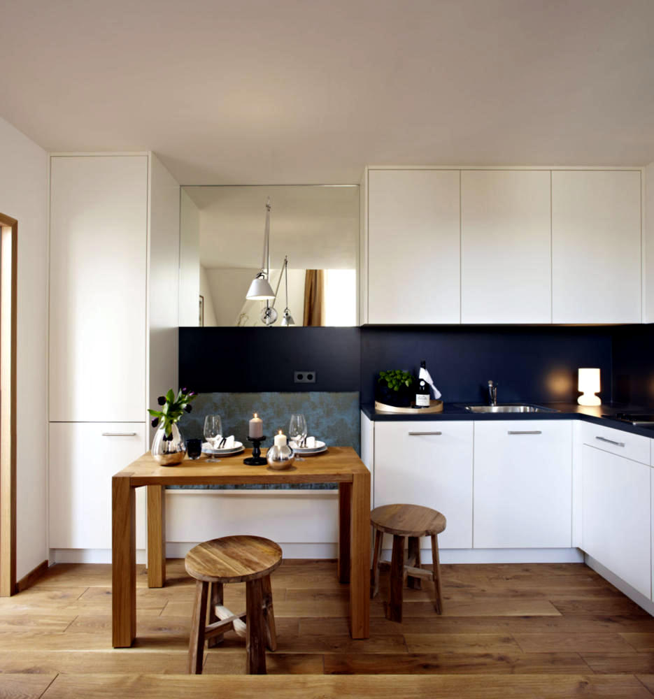 Custom Made Kitchen With Integrated Bench Interior Design Ideas Ofdesign