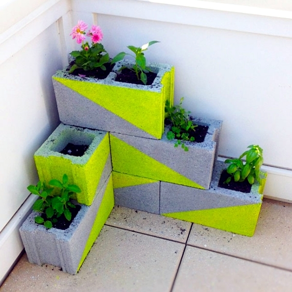 Concrete Planters - highlights and functional design