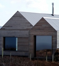 house-gabled-wooden-scottish-combining-tradition-and-modernity-0-821