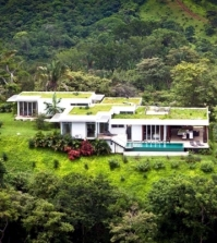 moon-villa-in-costa-rica-with-spectacular-views-of-the-mountains-and-sea-0-824