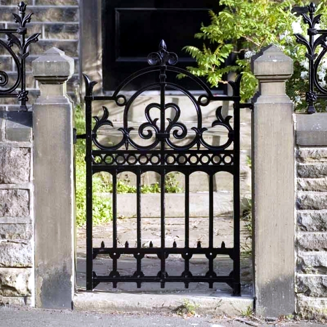 Doors And Gates Garden   Materials And Design. Landscaping