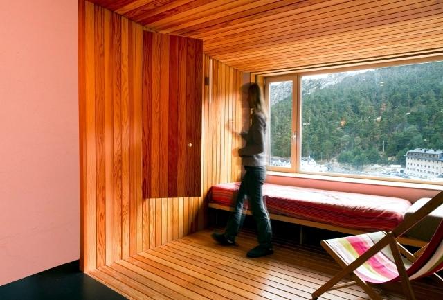 A small apartment near Madrid, refurbished loft style
