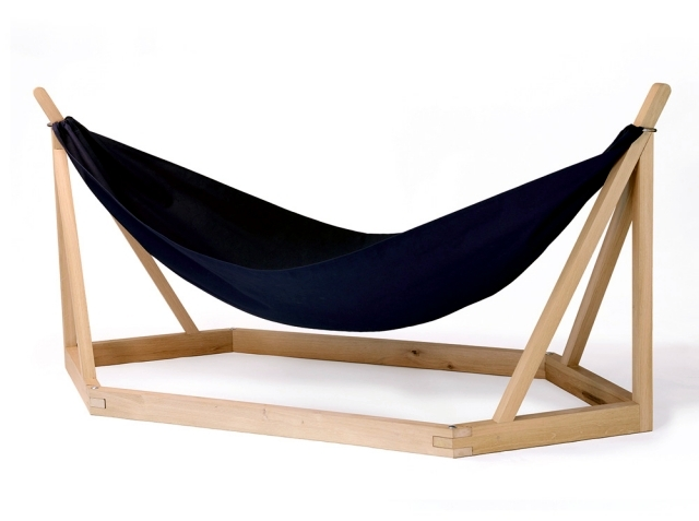 Outdoor bed with canopy - Hammock Design With Wooden Frame By Laurent Corio Interior Design