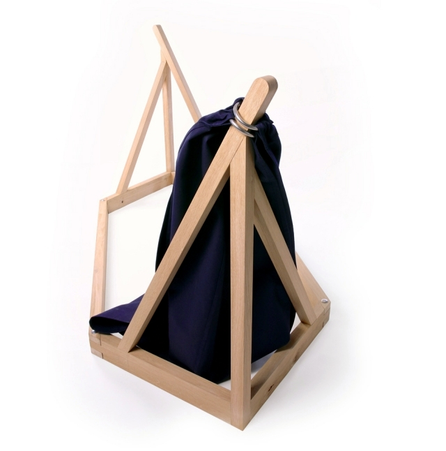 Hammock design with wooden frame by Laurent Corio