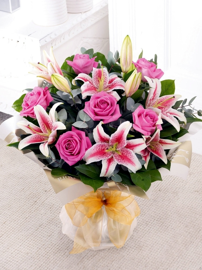Send flowers for Valentine's Day - 20 beautiful floral