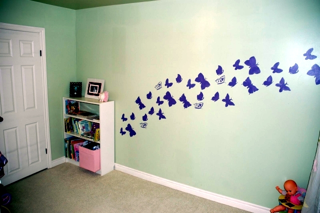 motif mural painting itself - an idea with paint and stencil