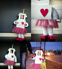 children-make-costumes-and-colorful-ancillary-0-865