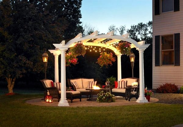 Modern garden designs pergola increase the visual value of the garden