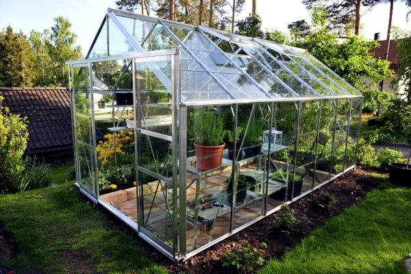 Accumulation Greenhouse - Advice for home gardeners to grow vegetables