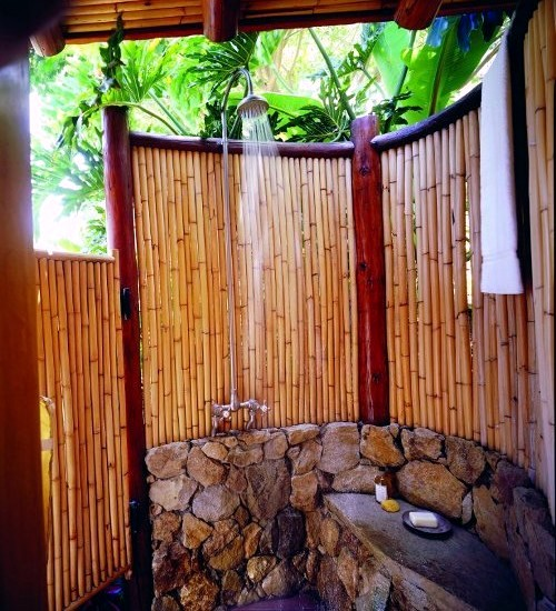 34 ideas for privacy in the garden with a decorative bamboo fence