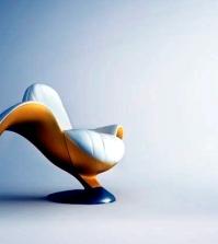 unique-chair-design-wamhouse-like-a-banana-0-884